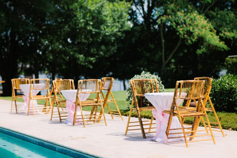 Additional seating by the pool