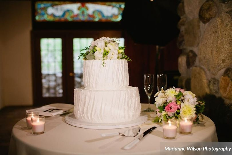 Kings Hawaiian Bakery Wedding Cake Torrance CA WeddingWire