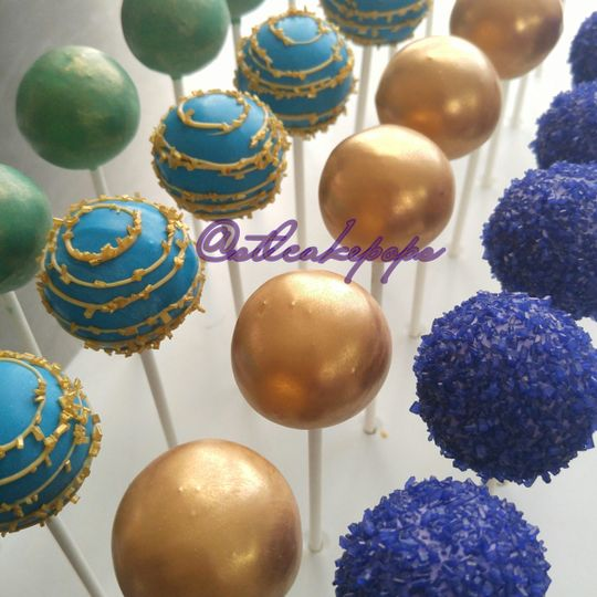 peacock jewel tone cake pops1