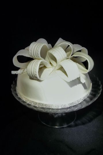 Jenny Cakes Wedding Cake Waterville OH WeddingWire