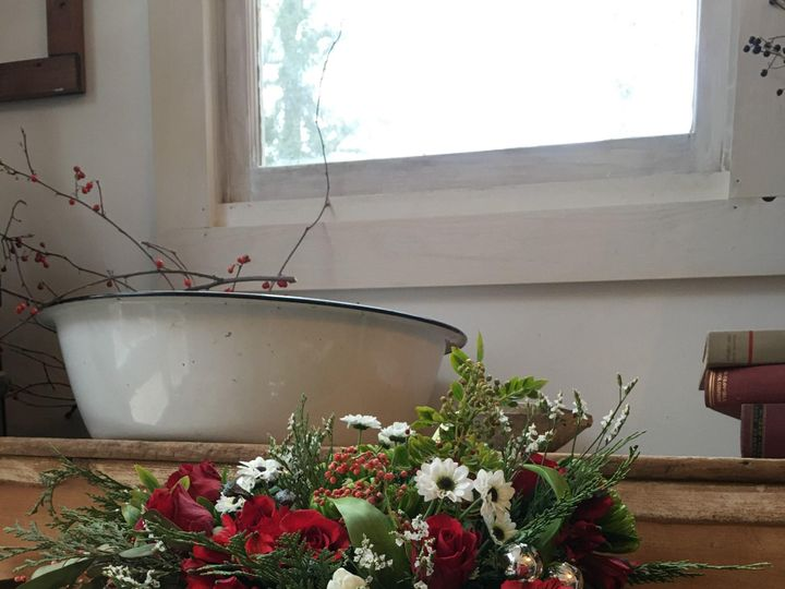 Tmx Img 0043 51 1072093 158083161832279 Wolfeboro, NH wedding florist
