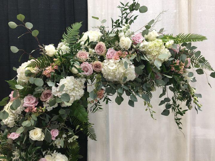Tmx Img 0298 51 1072093 158083170623652 Wolfeboro, NH wedding florist