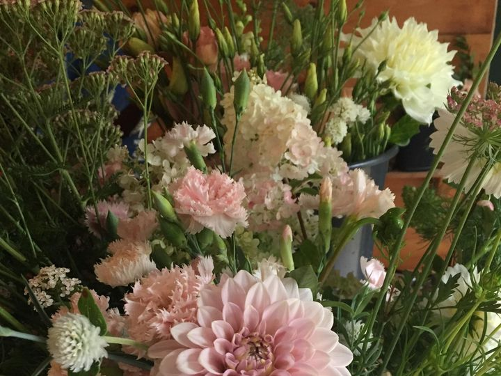 Tmx Img 4311 51 1072093 1568207851 Wolfeboro, NH wedding florist