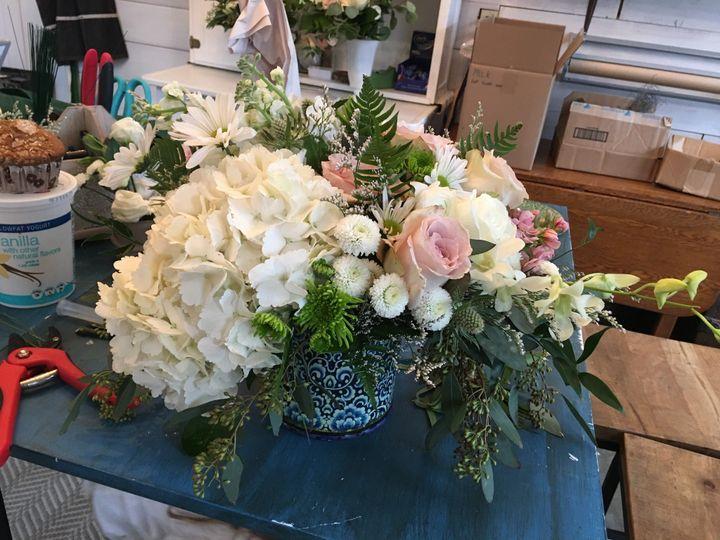 Tmx Uzsm0309 51 1072093 158083170510018 Wolfeboro, NH wedding florist