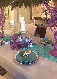 Blue and purple table decors