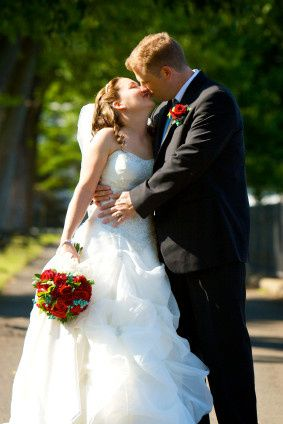 Tmx 1421445792411 Photo   Jazz Unlimited Band   Bride  Groom Kissing Seattle wedding band