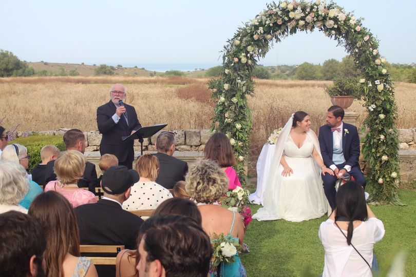 Field wedding in Siracusa