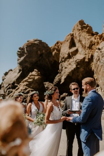 this pfeiffer beach wedding focused on intimacy and the magical beauty of big sur native expressions 20 51 1039093 1566015477