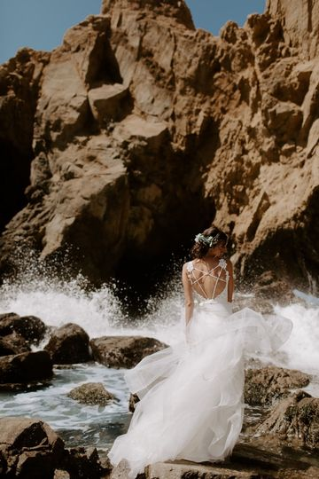 this pfeiffer beach wedding focused on intimacy and the magical beauty of big sur native expressions 25 51 1039093 1566015458