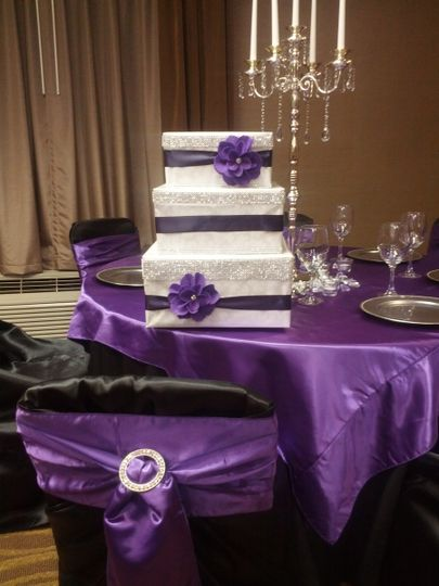 Black chair with purple bow