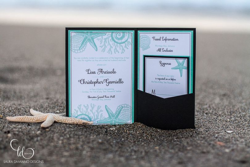 Blue and black combination for beach weddings