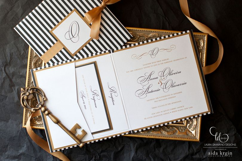 Classy white and hold invites