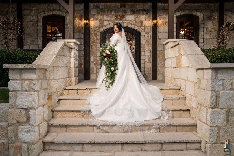 Gorgeous bride in her wedding