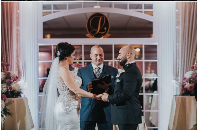 Tmx 1532132798 93d38f8f0770b440 1532132797 C3c234d0f18e05fa 1532132793824 8 Fullsizeoutput 447 Woodbury Heights wedding officiant