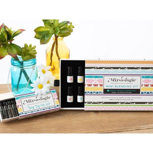 Mini Blending Kit and Tiny Try