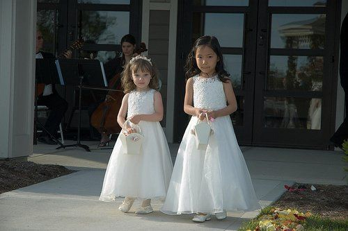 flower girls at Savannah Center wedding.