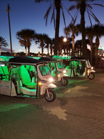 Multiple tuk tuk all lit up