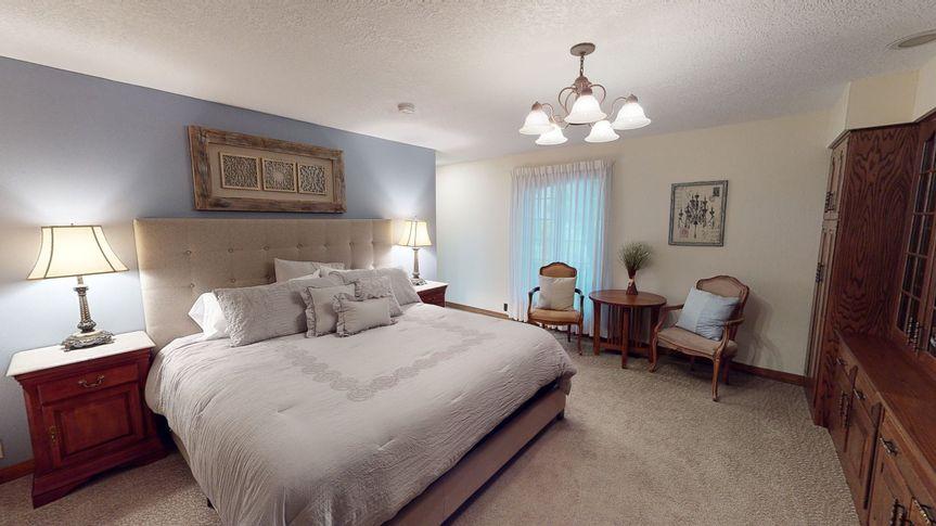 Conrad Mansion Sleeps 40+
