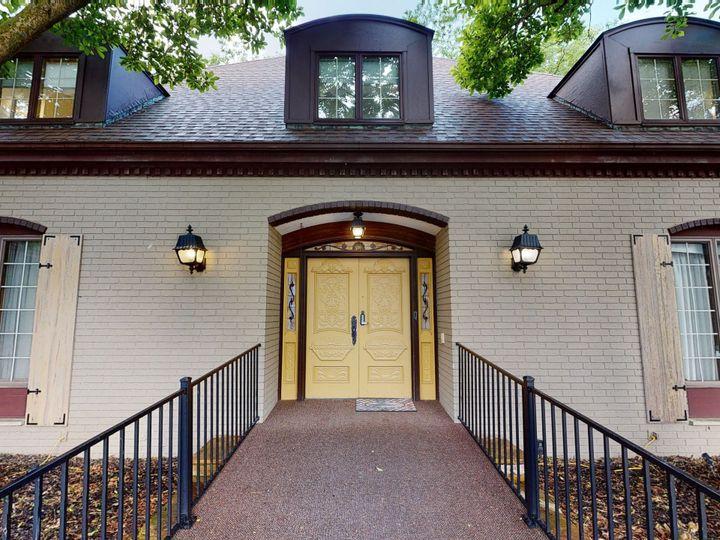 Tmx Front Door Mansion 51 1978193 159629881298755 Conrad, IA wedding venue