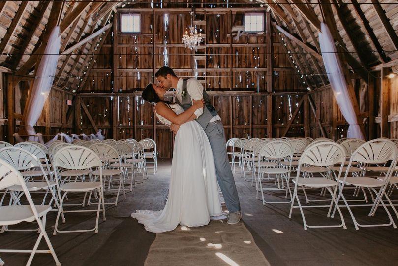 Red Barn Weddings