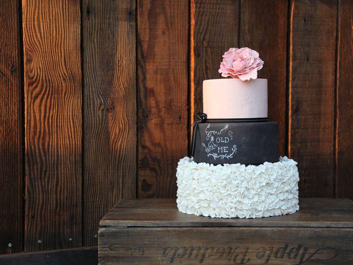Tmx 1487631266 6e7959a1a8e1ad6c IMG 3313 Windsor, CA wedding cake