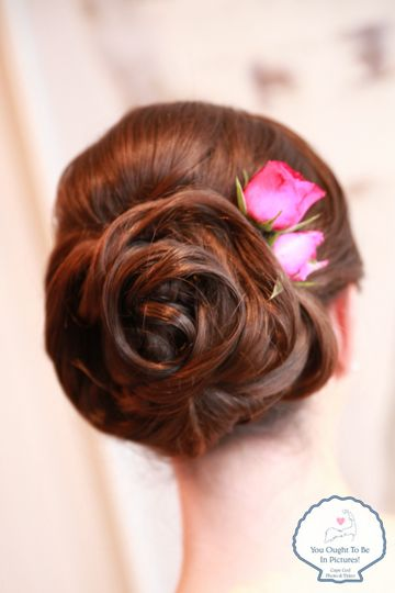Rose like hairstyle