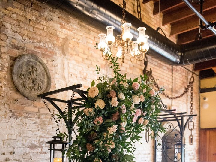 Tmx Arbor Flower Lanterns 51 650293 160626833949171 Saint Paul, MN wedding venue