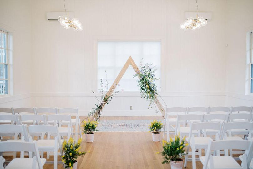 In-house triangle arch