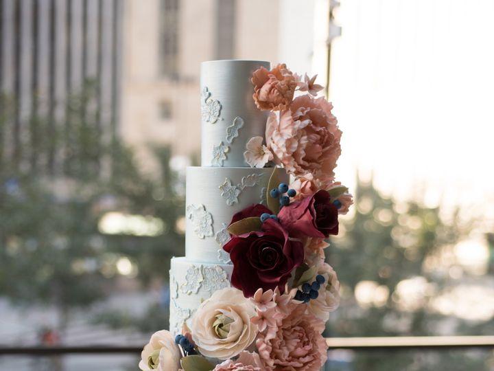 Tmx Sugarrealm Cincinnatiweddingcakes Blueburgundyfallweddingcake 29 51 404293 1562161716 Haverford, PA wedding cake