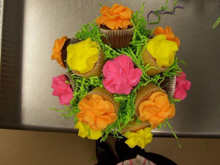 Tmx 1416422942399 Cupcake Centerpiece 2 Rochester wedding catering