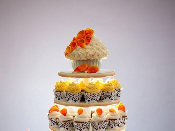 Tmx 1386452168834 44535101512730700456591342170561 Silverdale wedding cake