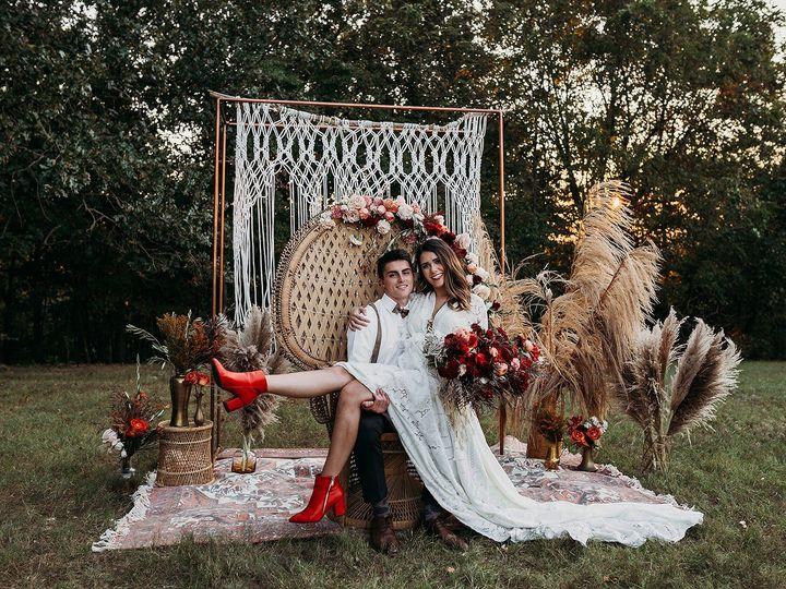 Tmx 4z6a2075 51 1057293 1569967639 Ozark, MO wedding planner