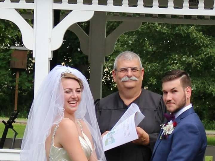 Tmx Dom Kayla 51 619293 157911651738284 Maine wedding officiant