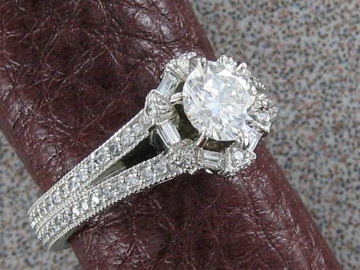 Tmx Round Crown Ring 51 1150393 160201144552290 Frederick, MD wedding jewelry