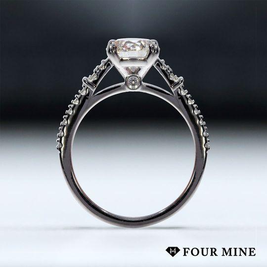 Chic Accent Diamond Ring.
