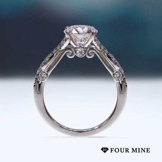 Twisting Grace Diamond Ring
