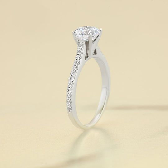 Traditional Pave setting