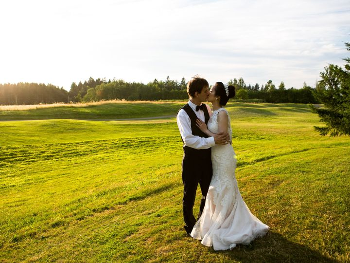 Tmx 1504911758129 Bg On Course Meadow 2 Camas wedding venue