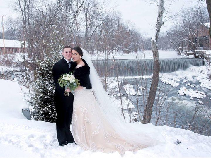 Tmx 15896377 1510001919013425 4699517101950299988 O 51 56393 157771964548951 Beacon, NY wedding dress