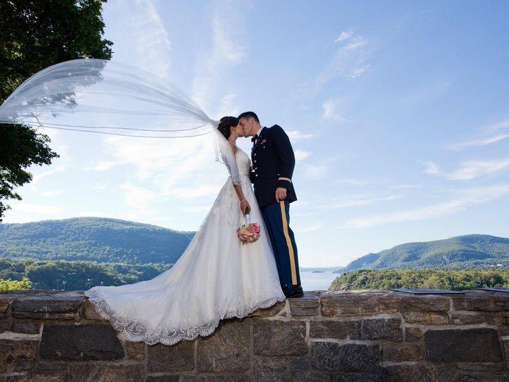 Tmx 39134952 2222530444427232 2049637395279642624 O 51 56393 157771985343919 Beacon, NY wedding dress