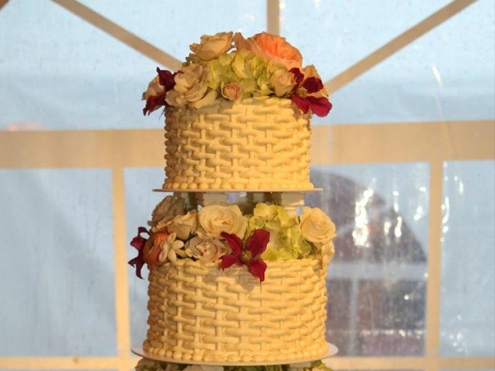 Tmx 1500570370064 Stahl Cake Watermarked Cropped New Milford, Connecticut wedding cake