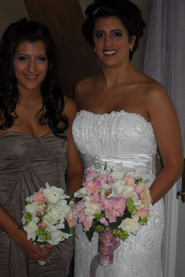 These two Bouquets are Silk!!!!  Great for Destination Weddings...pack your flowers into your...