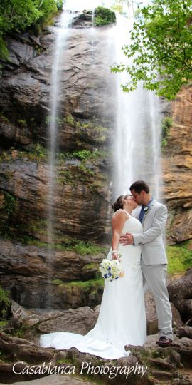 waterfall kiss