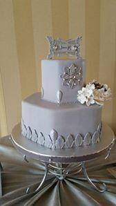 Tmx 1415126238103 106266468513501482088877295793464907901895n Reading wedding cake