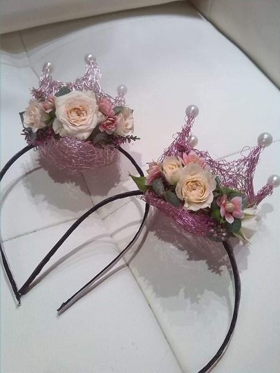 Floral hairbands
