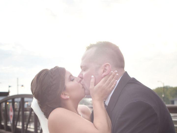 Tmx 1508293716466 Dcs0302sunflare Cedar Rapids, IA wedding photography