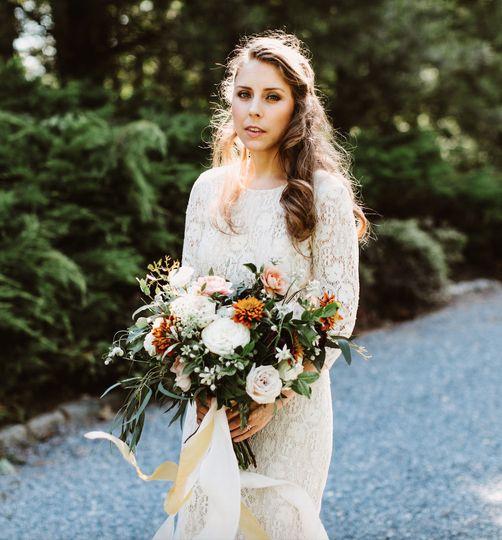fcf381a5ec228e37 wedding bouquet