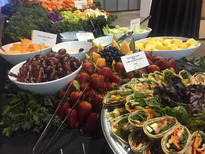 Fruit and appetizers