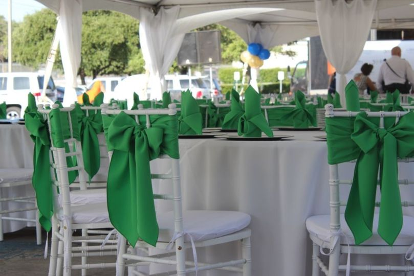 White and green motif