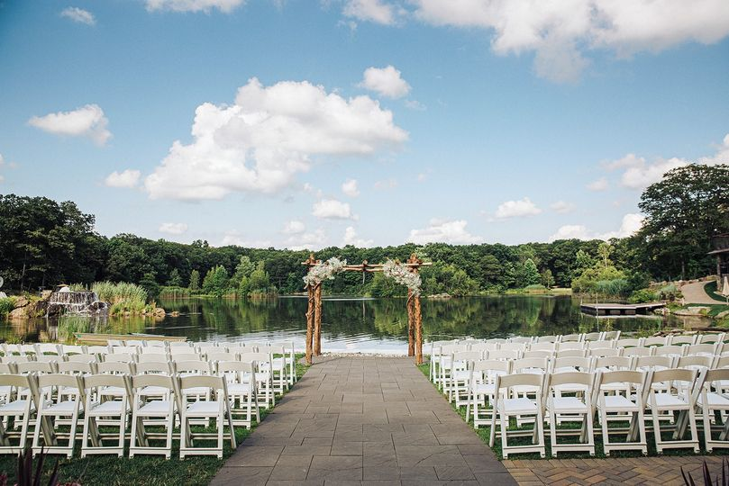 outdoor ceremony space 51 668493 1571753336